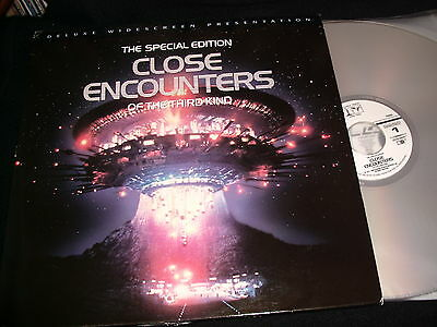 """CLOSE ENCOUNTER OF THE THIRD KIN<><>2X12"""" Laserdiscs<>THE SPECIAL EDITION"""