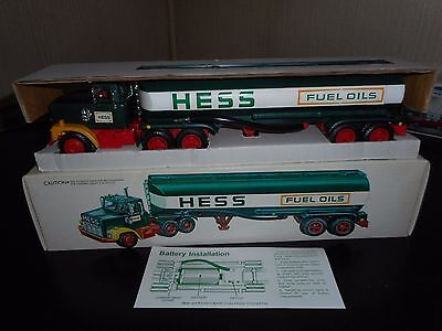 1977 Hess Truck In New Condition  All Original With Working Lights