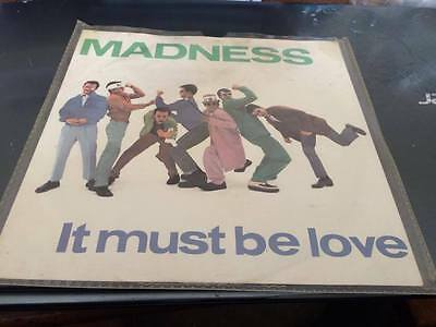"MADNESS --IT MUST BE LOVE--1980's--- 7"" vinyl single--BUY134"