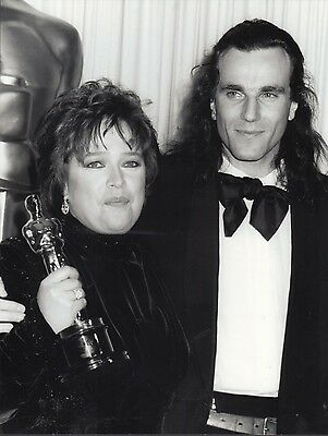 Kathy Bates / Daniel Day Lewis  - professional celebrity photo 1991