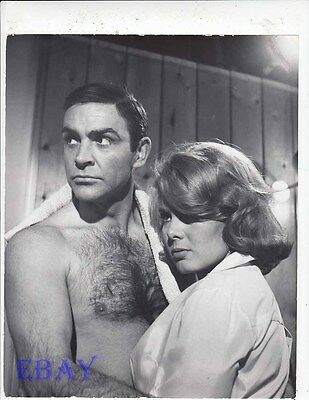 Sean Connery barechested, Molly Peters VINTAGE Photo Thunderball