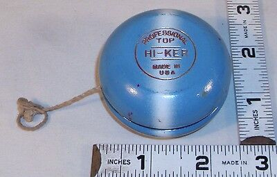 HI-KER PROFESSIONAL TOP BLUE & WHITE WOODEN YO-YO 1930s