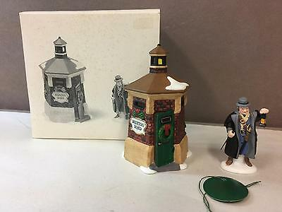 DEPT 56,DICKENS VILLAGE,BRIXTON ROAD WATCHMAN Christmas RETIRED 58390 boxed