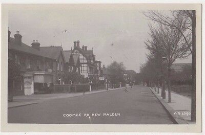 Coombe Road New Malden, Surrey RP Postcard B746