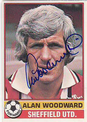 • Hand Signed Topps Trade Card 1977/78 Sheff United - Alan Woodward