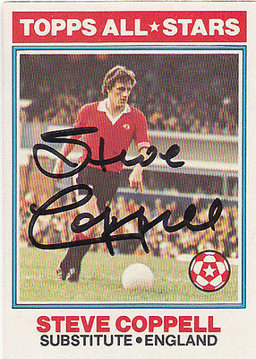 • Hand Signed Topps Trade Card 1978/79 Man United - Steve Coppell
