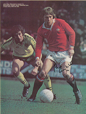 • HAND SIGNED VINTAGE POSTER MAN UNITED 1970s BRIAN GREENHOFF