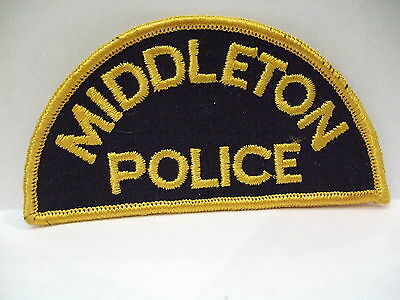 police patch  MIDDLETON  POLICE NOVA SCOTIA  CANADA  DEFUNCT OLD 1/2 MOON STYLE