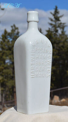 Berliner Magen BITTERS bottle w/ ERROR nice WHITE MILK bottle CASE GIN type