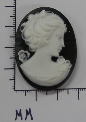 70230       Cameo - Side View Victorian Lady blk/wht. Oval 30x40  - by dz. SALE