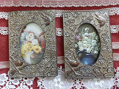 1920s Chinoiserie frames and collection of lace