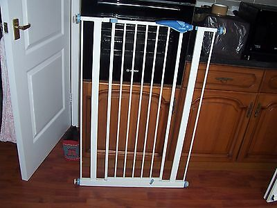 Lindam Extra Tall Baby Gate