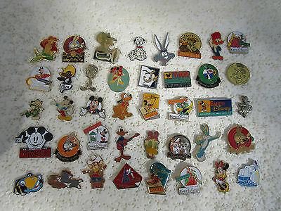 Lot De 40 Pin's Disney Warner Bros