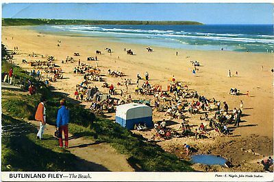 Butlin's Holiday Camp - Filey - The Beach - Postcard View