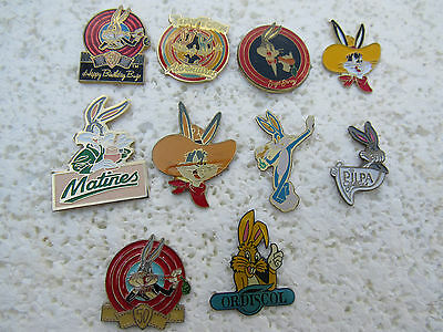Lot De 10 Pin's Warner Bros Bug Bunny