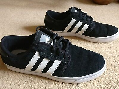 adidas Seeley Black UK Size 7 EU 40.2/3 Suede Trainers G98082