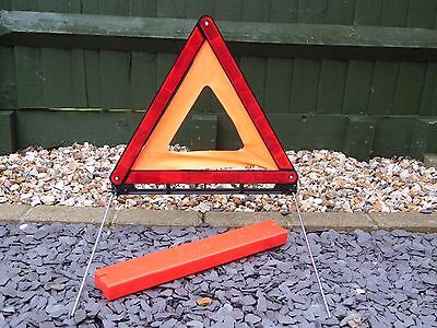 Vehicle Warning Reflective Red Triangle. Large Size In Protective Case. New