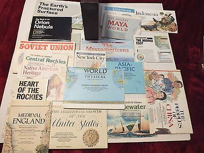 Lot of 21 Vintage National Geographic Maps + map case