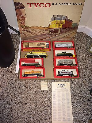 Vintage 50's/60's Tyco Mantua Eastern Dispatch Freight Train Set,6 Cars,Loco,Box
