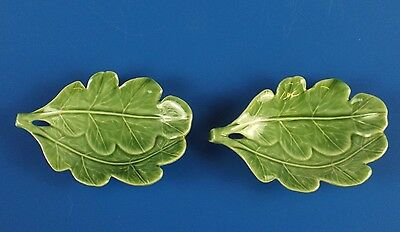 "Pair of Leaf pattern dishes By Wade (3.5"")"