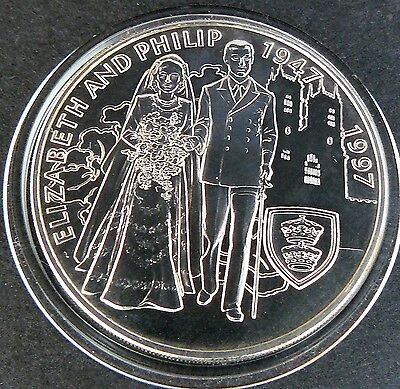 Falkland Islands 1997 - £5 Five Pounds Coin - The Queen 's Golden Wedding - Unc