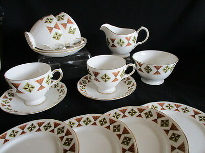 Vintage Retro pattern Gainsborough china Tea set for 4