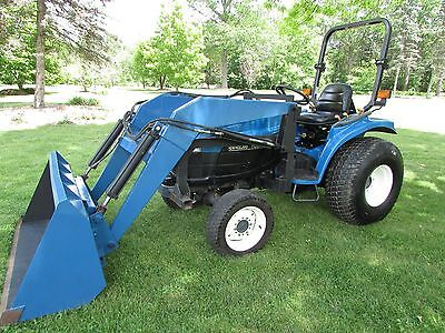 "New Holland Tc33D Tractor Diesel 33 Hp Hydrostatic 3 Speed Trans 60"" Loader"