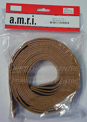 AMRI HO/OO SCALE CORK UNDER LAY X5 LENGTHS OF 900mm X 3mm X2 PACKS AMRI401B