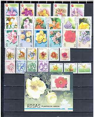 Caribbean  Lot Flowers  Mnh