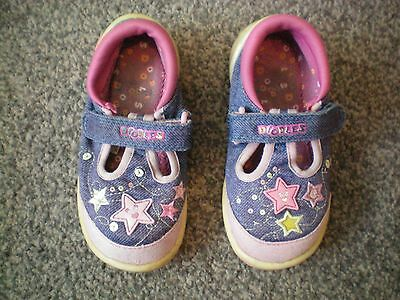 Clarks doodles blue / pink summer shoes uk 7 E infant