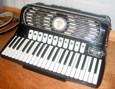 Titano Virtuoso  Full Size Accordion W/ The Case Straps Mint & Working Condition