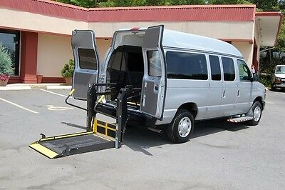 2013 Ford E-Series Van 2 Pos. VERY NICE HANDICAP ACCESSIBLE WHEELCHAIR LIFT EQUIPPED VAN....UNIT# 2122FW