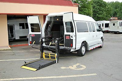 2013 Ford E-Series Van 2 Pos. VERY NICE HANDICAP ACCESSIBLE WHEELCHAIR LIFT EQUIPPED VAN....UNIT# 2163FT