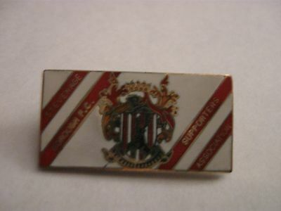Rare Old Stevenage Borough Football Supporters Club (1) Enamel Brooch Pin Badge