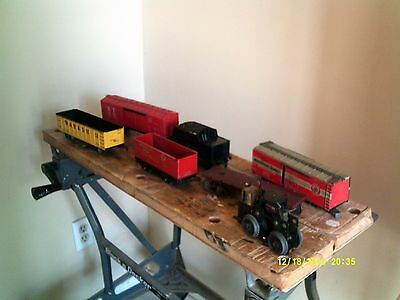 Marx Trains 7 mostly freight cars, some good, some need parts, motor part