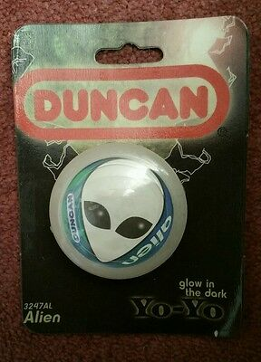BNIP Duncan Alien YoYo - Glow In The Dark Yo-yo -  1997 - Sealed on Card