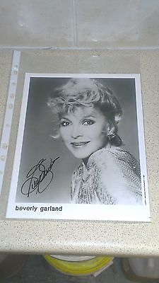 Beverly Garland (1926–2008) Autograph Photo Neanderthal Man The Alligator People