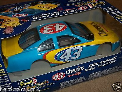 Nascar Kit #43 Cheerios 2001 Nascar Dodge Intrepid R/t Revell Pro Finish Kit
