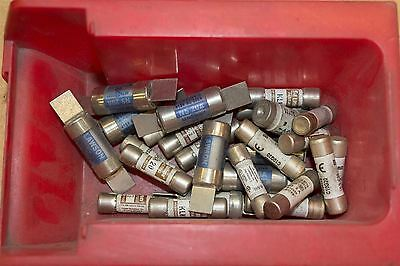 Assorted 20A fuses 120 kA 500 V ac