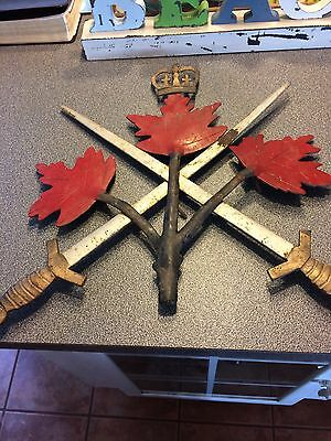 Canadian Army Insignia Building Crest Very Rare