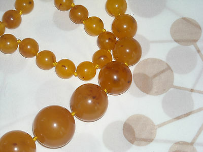 Fabulous Antique Amber Bakelite Graduated Necklace knotted Beads Tested (609)