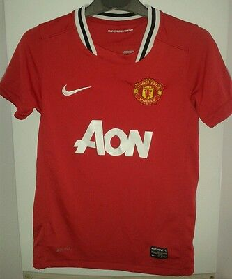 Age 8-10 years Manchester United nike dri-fit football shirt