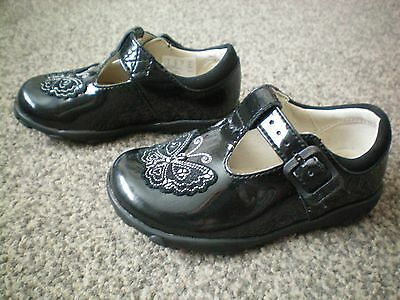 Clarks first shoes black patent leather shoes uk 5 G infant with lights