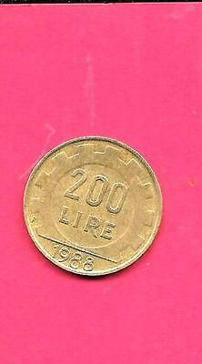 Italy Italian Km105 1988 Vf-Very-Nice Large Old 200 Lire Coin