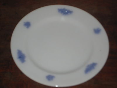 English Lilac Sprigged Staffs Plate 15.5 Cms   19Th C