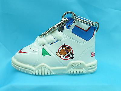 SPEEDY GONZALES Baby Sneaker Keychain LOONEY TUNES WARNER BROTHERS 6 Flags 9459A