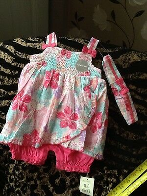 Beautiful Outfit 0-3 Months  ♡♡♡