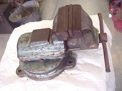 "Vintage Fpu Bison Machinist Heavy Duty Swivel Base Bench Vise With 5"" Inch Jaws"
