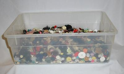 Lot 8 Lbs Vintage Sewing Buttons*free Priority Shipping