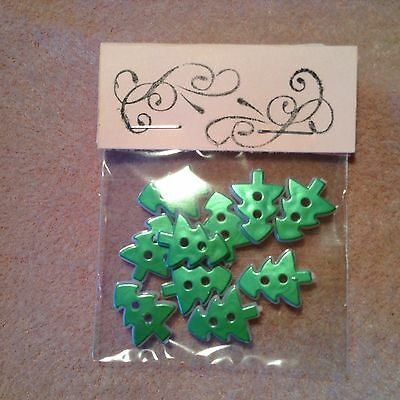 New Craft Clearout 10 X 15mm Christmas Tree Buttons